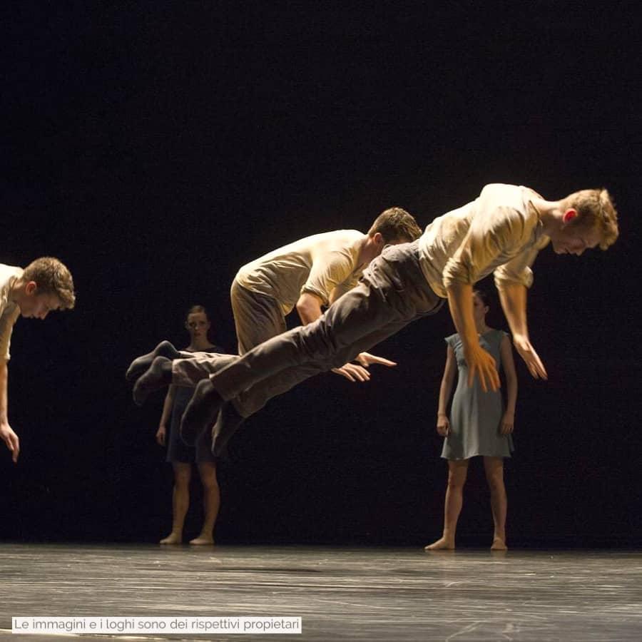 danza moderna e contemporanea gravita